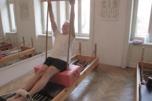 pilates reformer short box serie Rückenprobleme Bauchmuskeln stärken