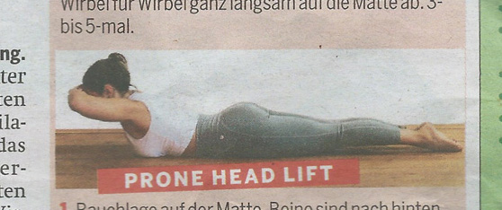 Pilates Übung Prone Head Lift Trainings-Optimierung Powerhouse Aktivierung funktionale Beckenposition Gluteus Medius Maximus Trapezius Schultergürtelstabilisatoren